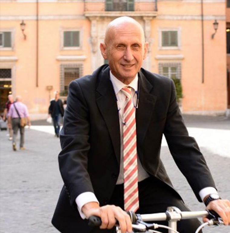 Daniele Fano